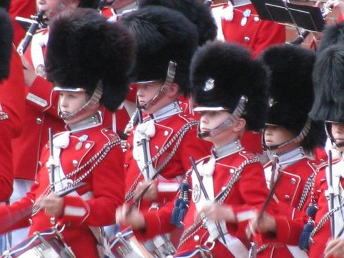 Tivoli Boys Guard Denmark Danish Copenhagen red boys drums