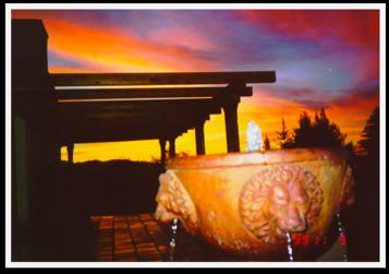 stunning sunset, lion fountain