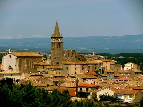 beautiful ancient towns in France