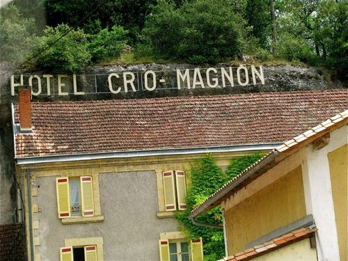 family travel Dordogne famous for it's prehistoric caves