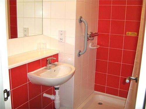 bathroom travelodge london waterloo