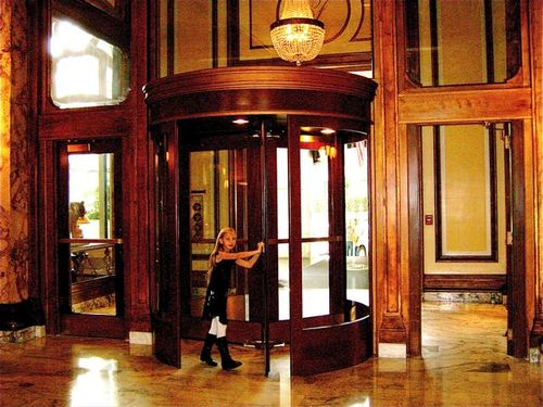 Revolving door entrance to lobby of Fairmont San Francisco Hotel