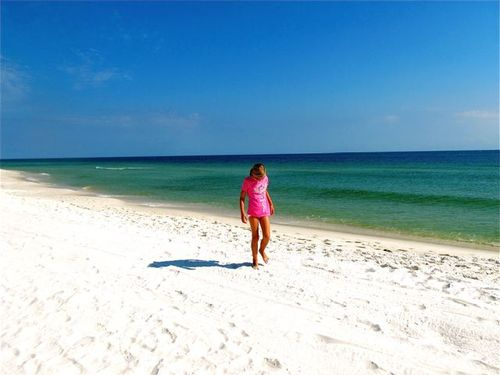 Beautiful beach, white sand, azure water pensacola