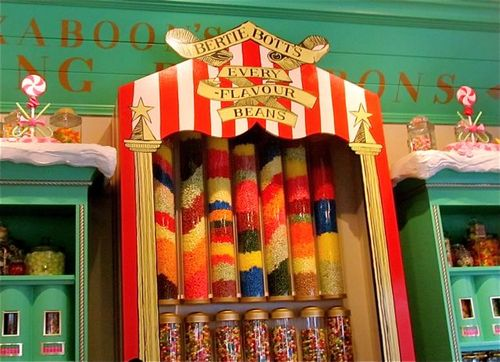 Bertie Botts at Honey Dukes at Wizarding World