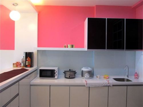 Penang rental vacatiion condo kitchen
