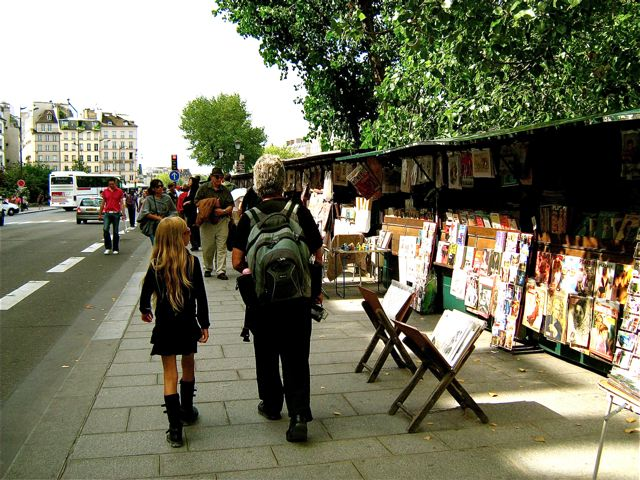 Paris with kids on a budget...a very walkable city!