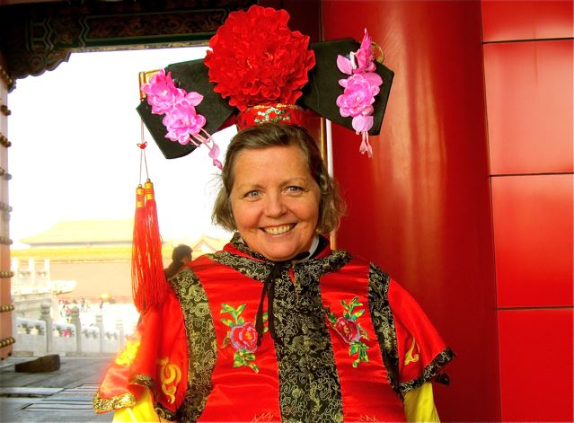 Around-the-world travel mom- joyful, healthy travel queen in China