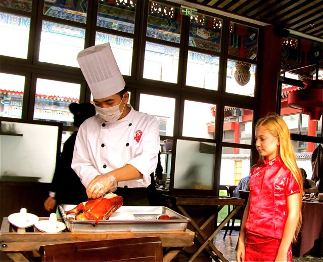 preparing peking duck in Beijing lesson for child