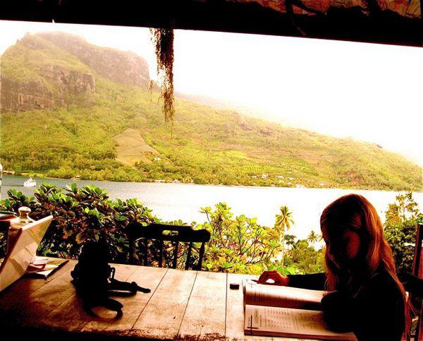 homeschool and travel - roadschooling in Tahiti