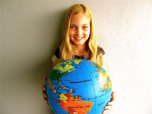A global kid at home in the world and multilingual
