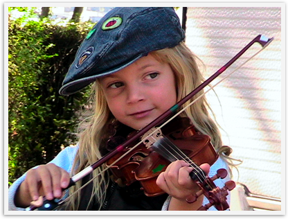 paris camping violin playing kid