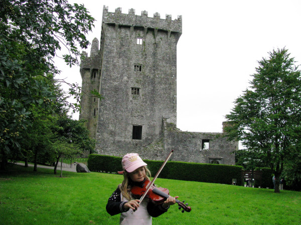VISITING BLARNEY CASTLE NEAR CORK, IRELAND WITH FIDDLE