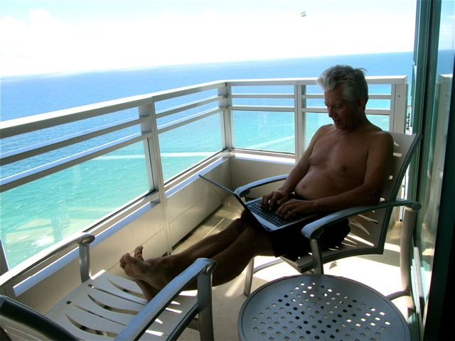 Handle retirement investments any where via laptop ..even at the beach!