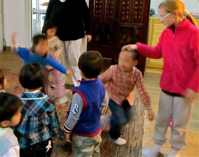 Fun language classes for kids in Spanish, English and Mandarin