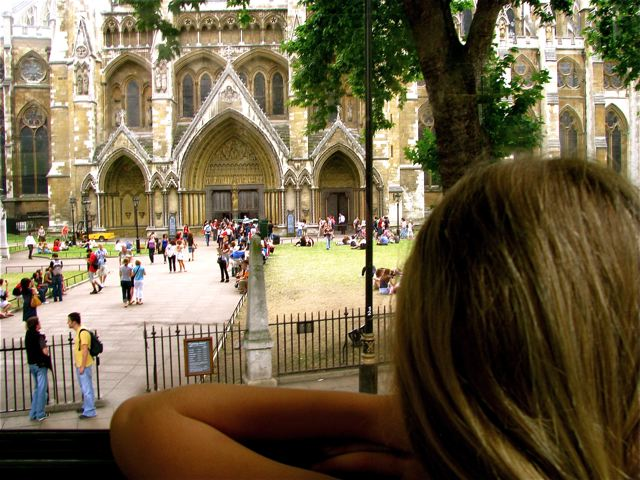 Travel kid Mozart in Europe - learning by doing