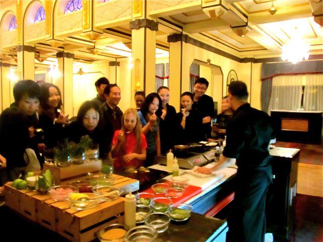 MasterChef China 顶级厨师 Steven Liu with travel teen Mozart