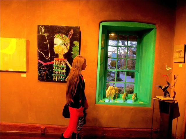 travel kid Mozart loving the art galleries in Santa Fe