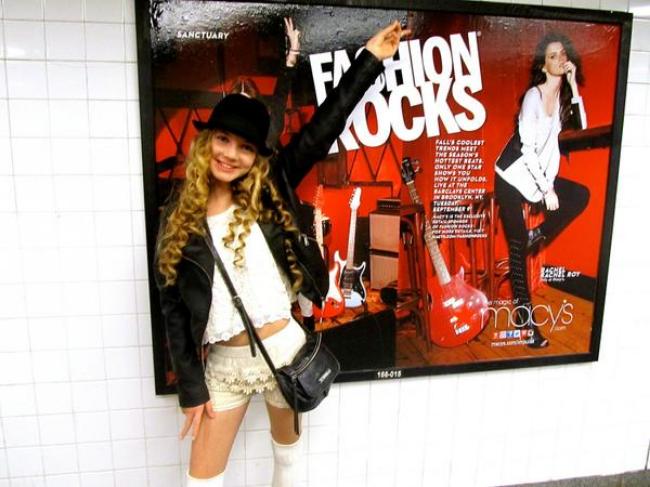 trilingual teen youtuber Mozart's adventures during New York Fashion Week! Fashion rocks!