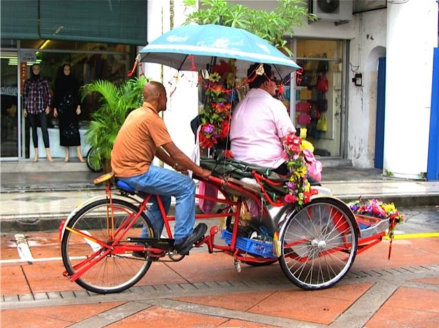 Fabulous Colorful Rickshaw Art Photo - Indian driving fat man