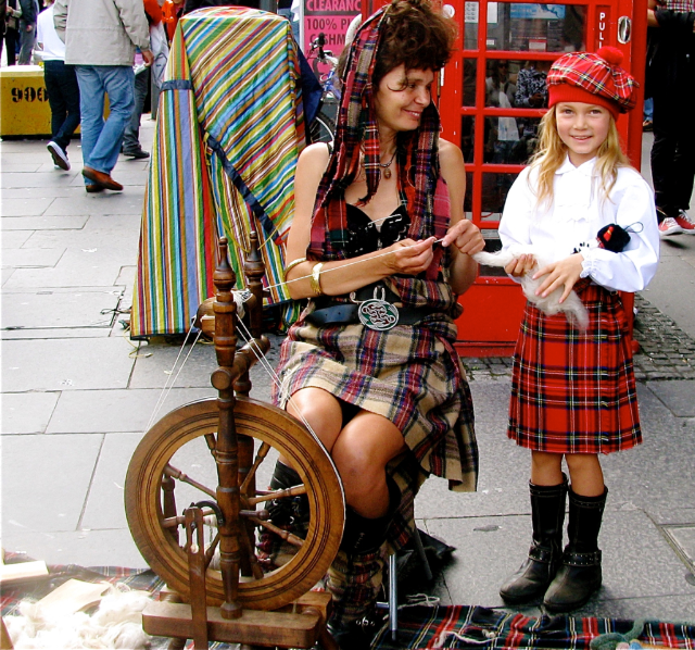 Mozart Dee in Edinburgh Fringe Festival - cute Scottish kid dressed in kilt!