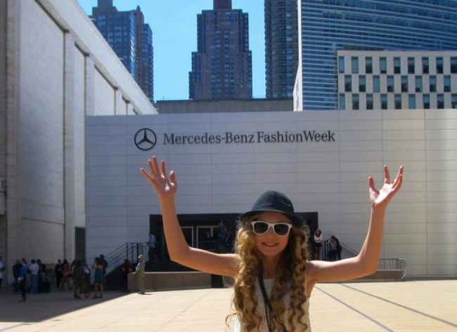 trilingual travel teen Mozart is jumping for joy at NYC Fashion Week #MBFW