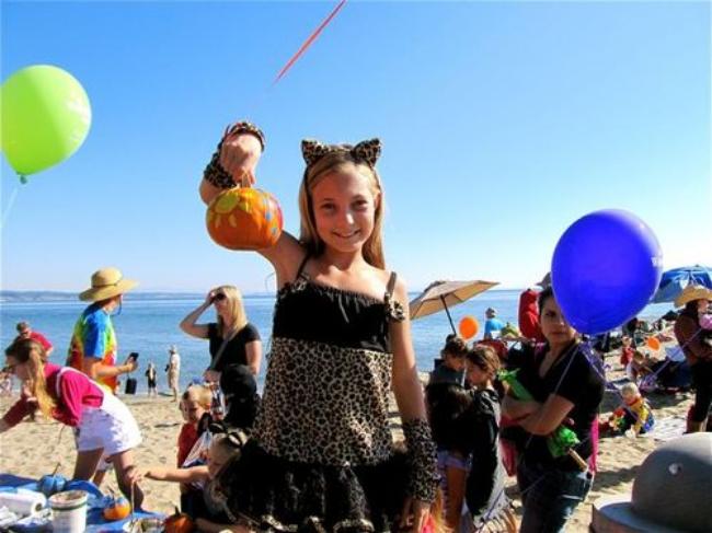 Halloween travel around the world-celebrating Halloween at the beach