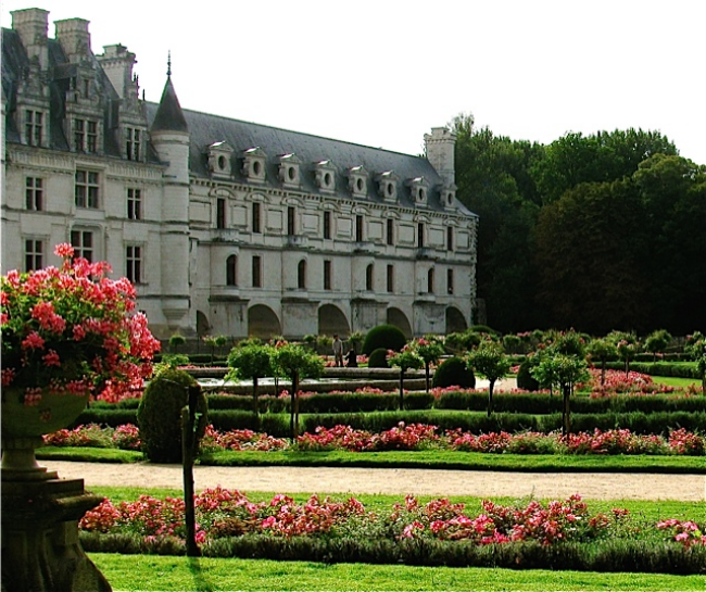 Chateaux Spectacular! Mozart at Chenonceau, Loire Valley