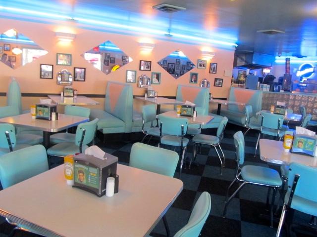 Gladys' Diner  at Graceland in Memphis