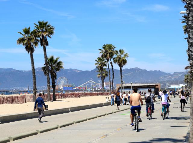 Santa Monica beach bike route