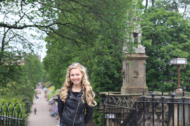 Mozart Dee in Edinburgh on European solo concert tour #MozartigniteTour