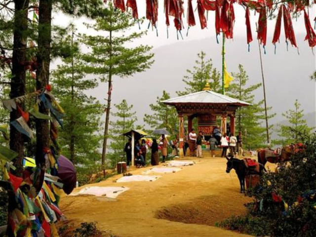 10 Reasons I am Thankful for Travel -Tigers Nest, Bhutan