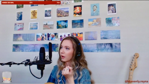 Heavenly Reyna singing star on Twitch