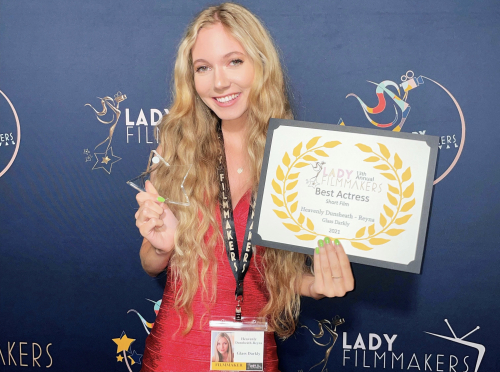 Heavenly Reyna wins Best Actress for %22Glass Darkly%22