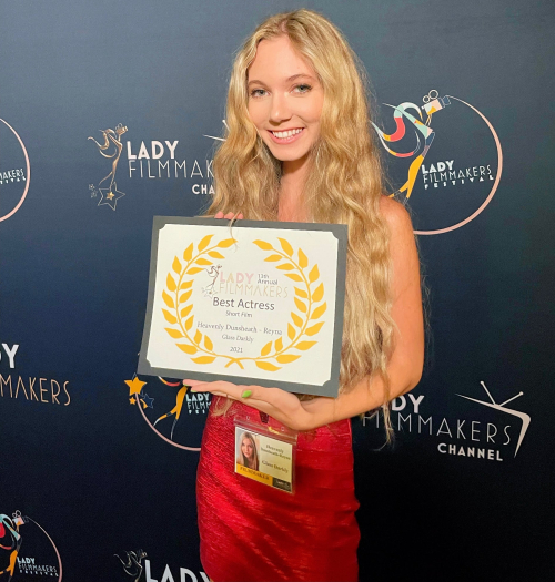 Heavenly Reyna wins Best Actress for Glass Darkly